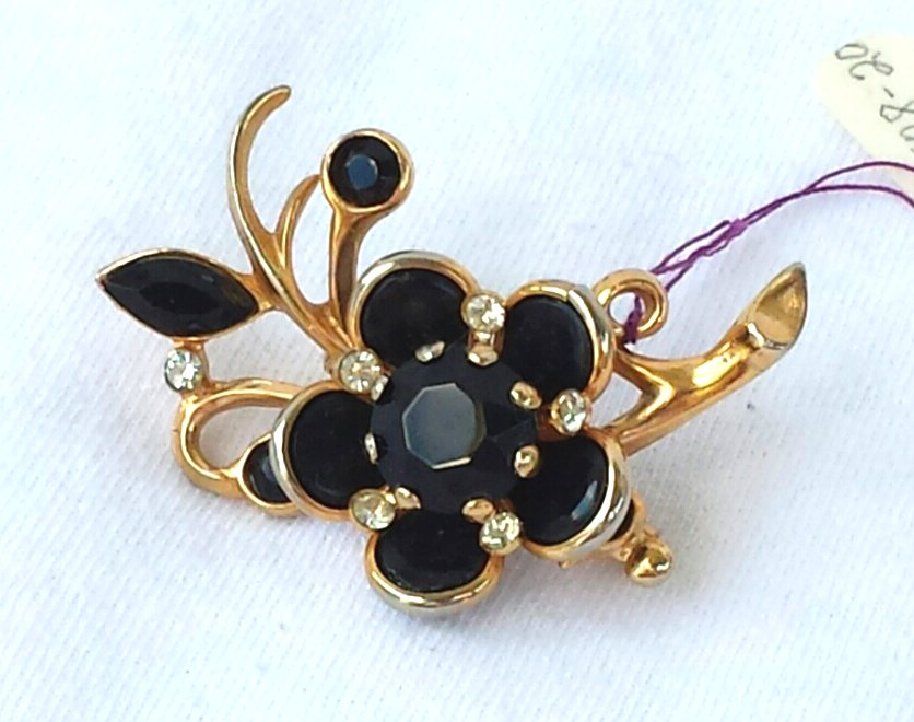 Retro Black Glass Flower Pin with Rhinestones and Thermoplastic