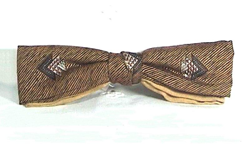 Vintage Men's Gold Clip-On Bow Tie Circa 1950s