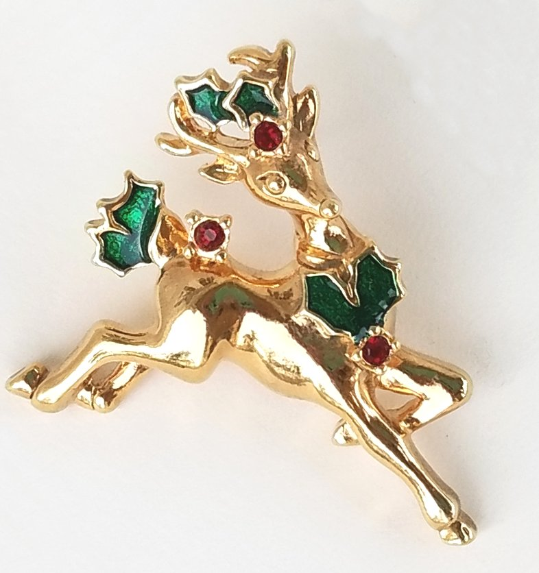 Avon Reindeer Pin with Christmas Holly Goldtone Enamel and Rhinestone