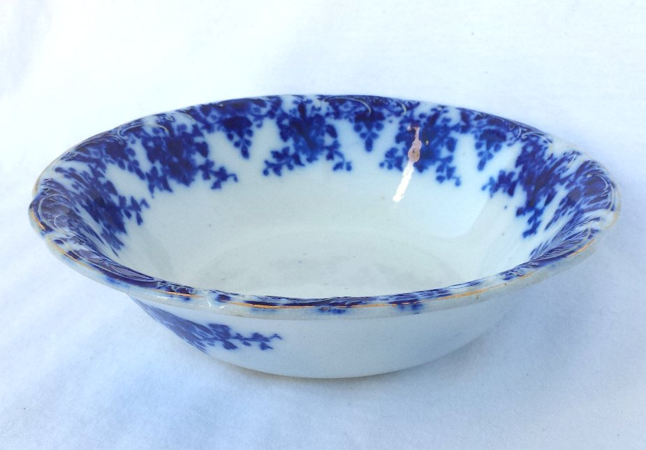 Flow Blue Round Vegetable Bowl 8.5 Inch Osborne Pattern Made in England Ca. 1895