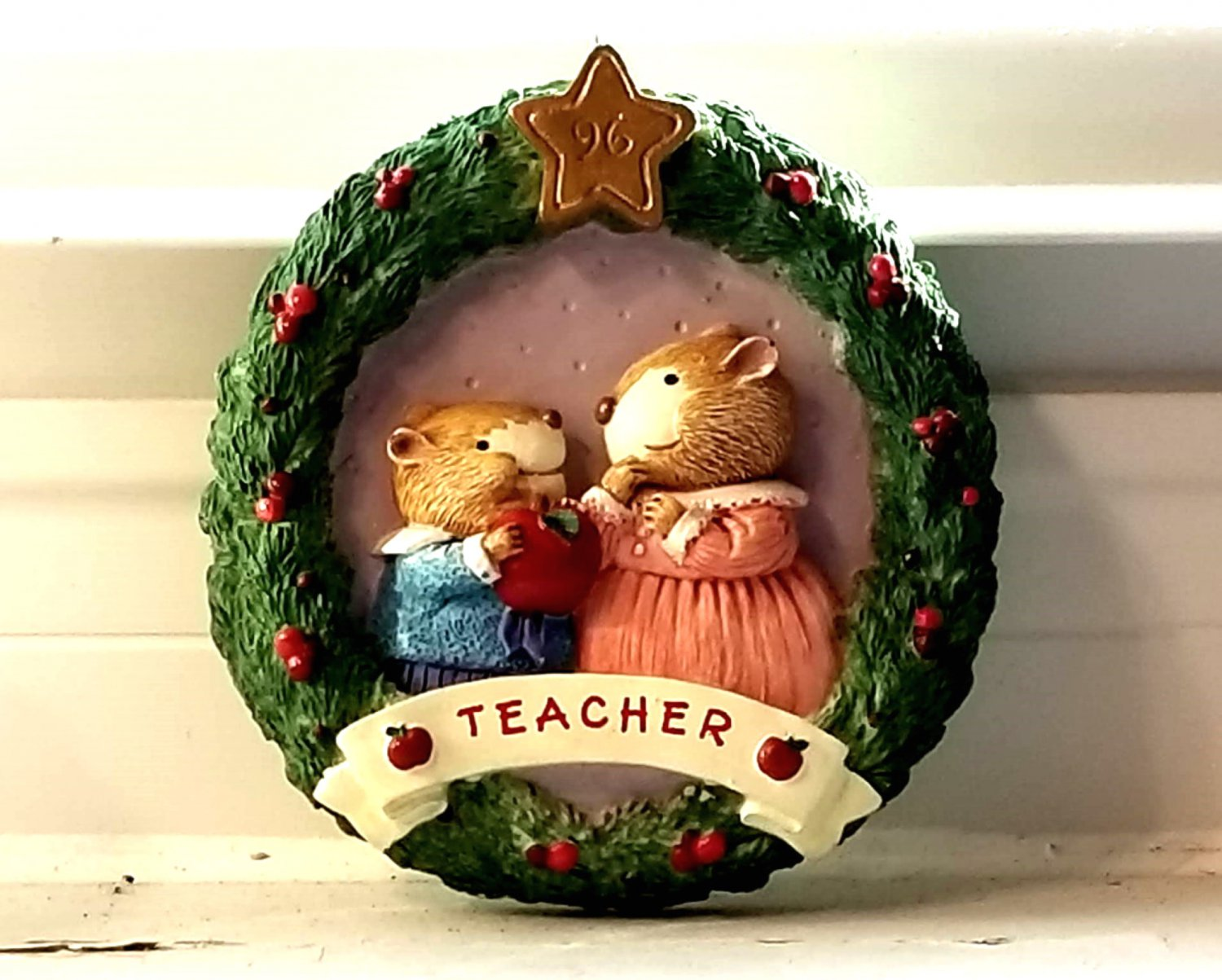 Hallmark Keepsake Teacher Christmas Ornament 1996 New with Box