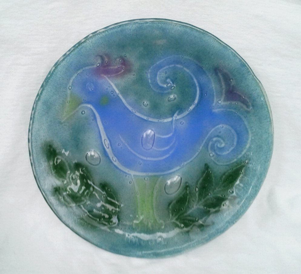Hand Blown Glass Plate 10 Inch Stylized Bird with Controlled Bubbles Signed Moon
