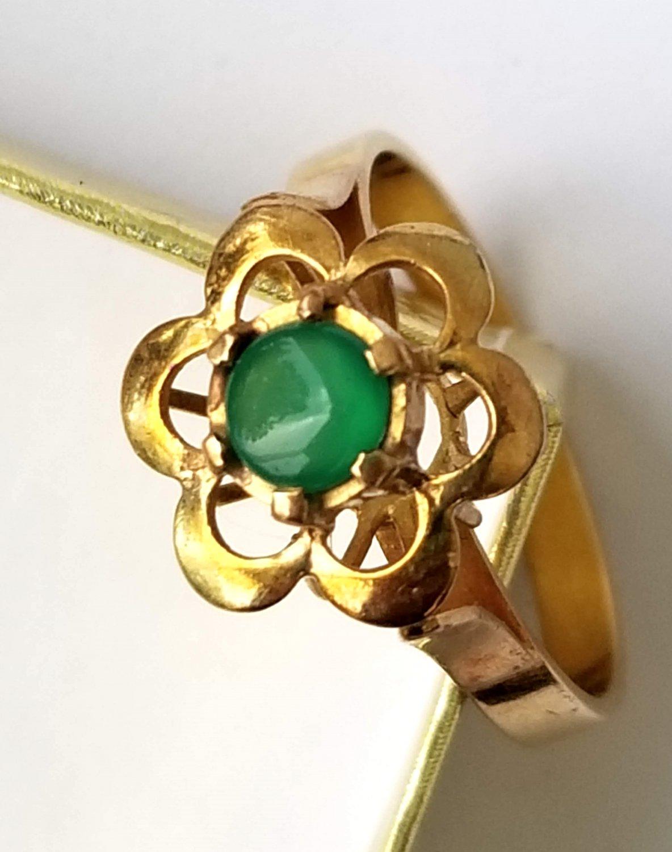 Vintage 18 KT Gold Chrysophrase Ring 18kt Chrysoprase Estate Piece