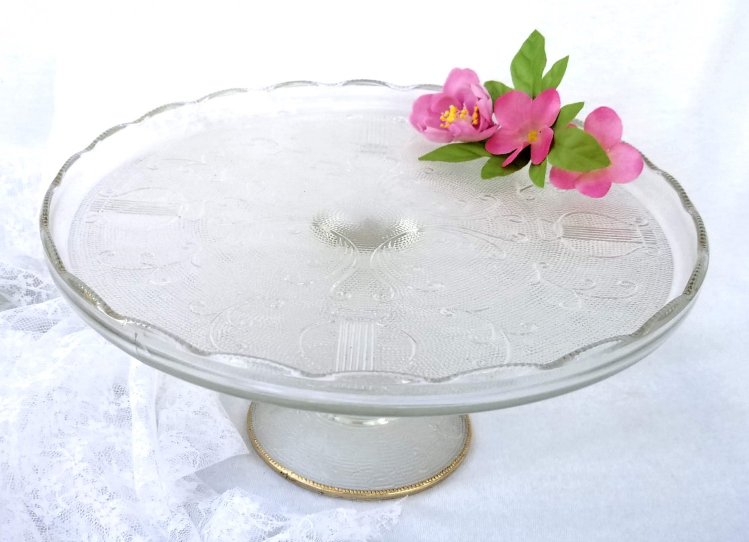 Jeannette Glass Harp Pattern Cake Stand with Gold 1950's