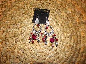 FUSHIA/RED & SILVER CHANDERLIER EARRINGS