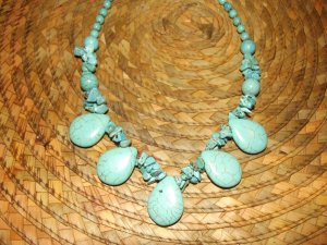 TURQUISE TEAR DROP NUGGET NECKLACE