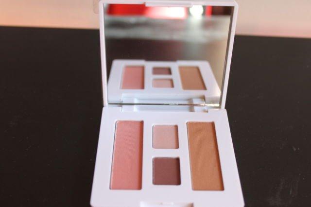 CLINIQUE 2 eyeshadows/bronzer/blush set