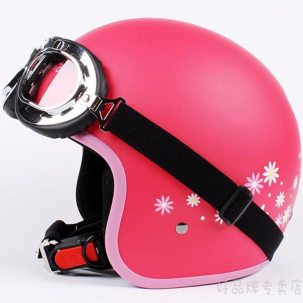 "H.55 Taiwan "" EVO "" ABS Scooter Casco Motorcycle "" Hello Kitty "" flower Matt Red Helmet & UV Goggles"