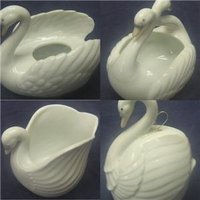 "Set of 4 Each 4"" Global Arts Ceramic Swans"