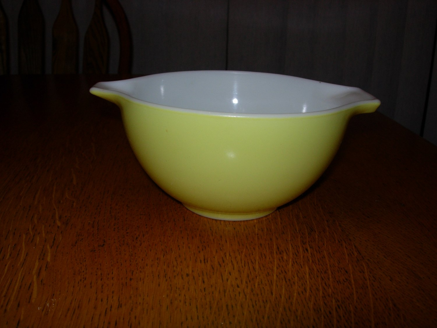 Pyrex #441 1 1/2 Pint Yellow Mixing Bowl