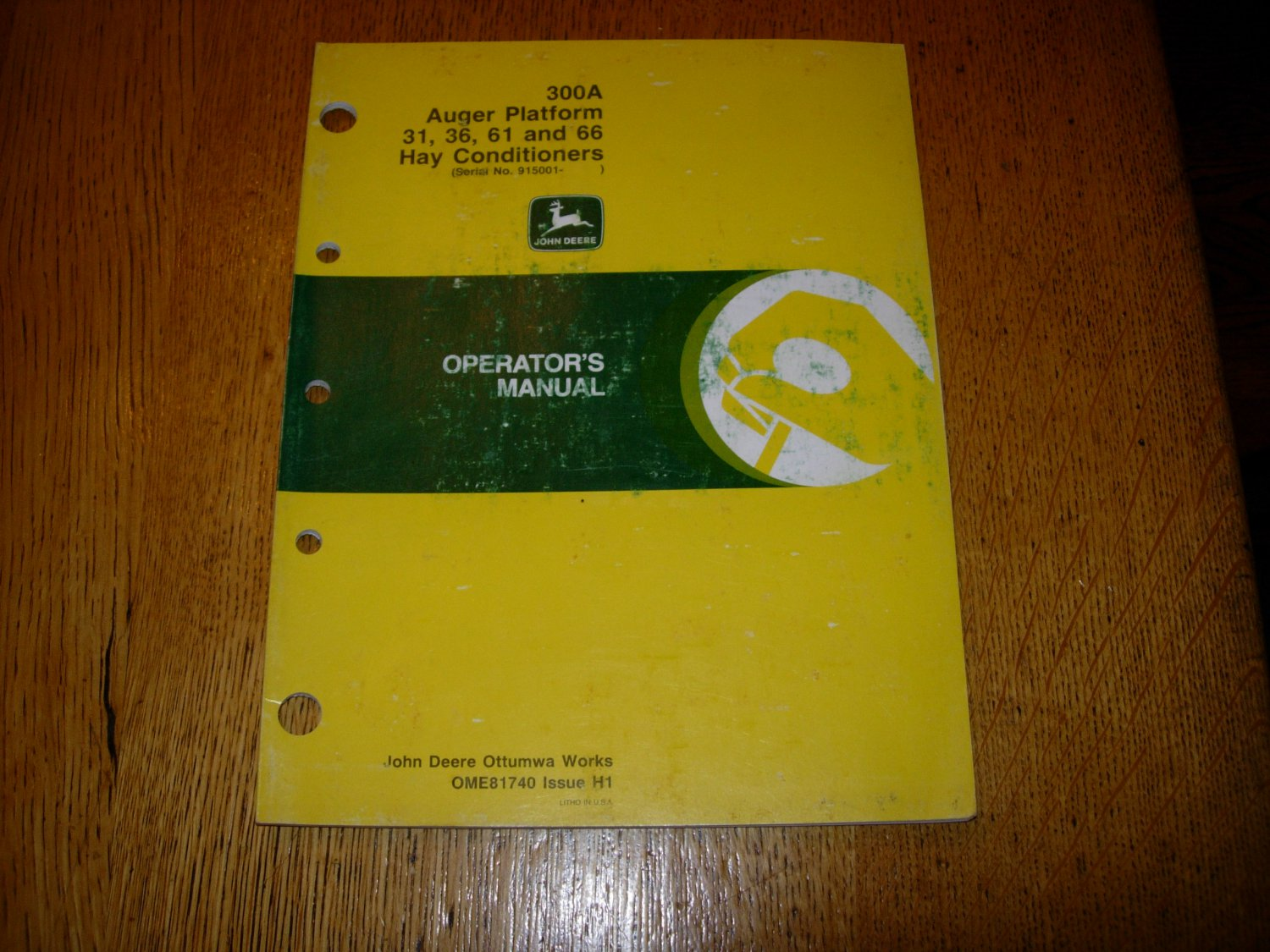 John Deere 300A Auger Platform 31,36,61 and 66 Hay Conditioners Operators Manual
