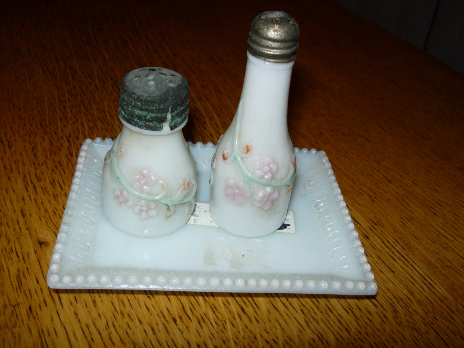Victorian Milk Glass Forget-Me-Not-Peewee & Companion Salt & Pepper Shakers W/Tray