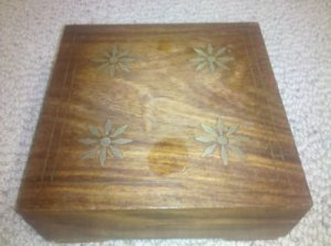 "Beautiful Handmade Wooden Jewelry Trinket Box With Flower/Star Design 6"" Square"