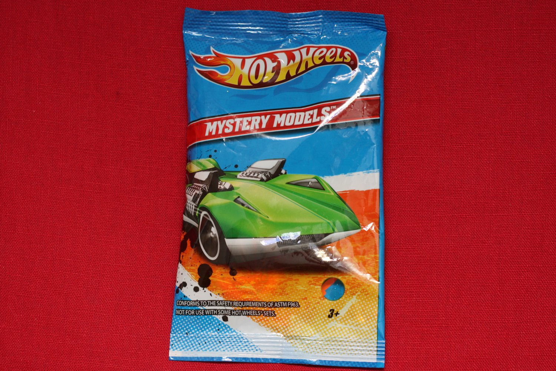 Hot Wheels 2012 Mystery Models Camaro Convertible #09/24