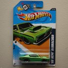 Hot Wheels 2012 Muscle Mania Mopar '68 HEMI Barracuda (green)