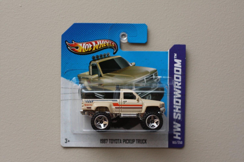 1987 Toyota Pickup Truck Tan 2013 Hot Wheels Hw Showroom