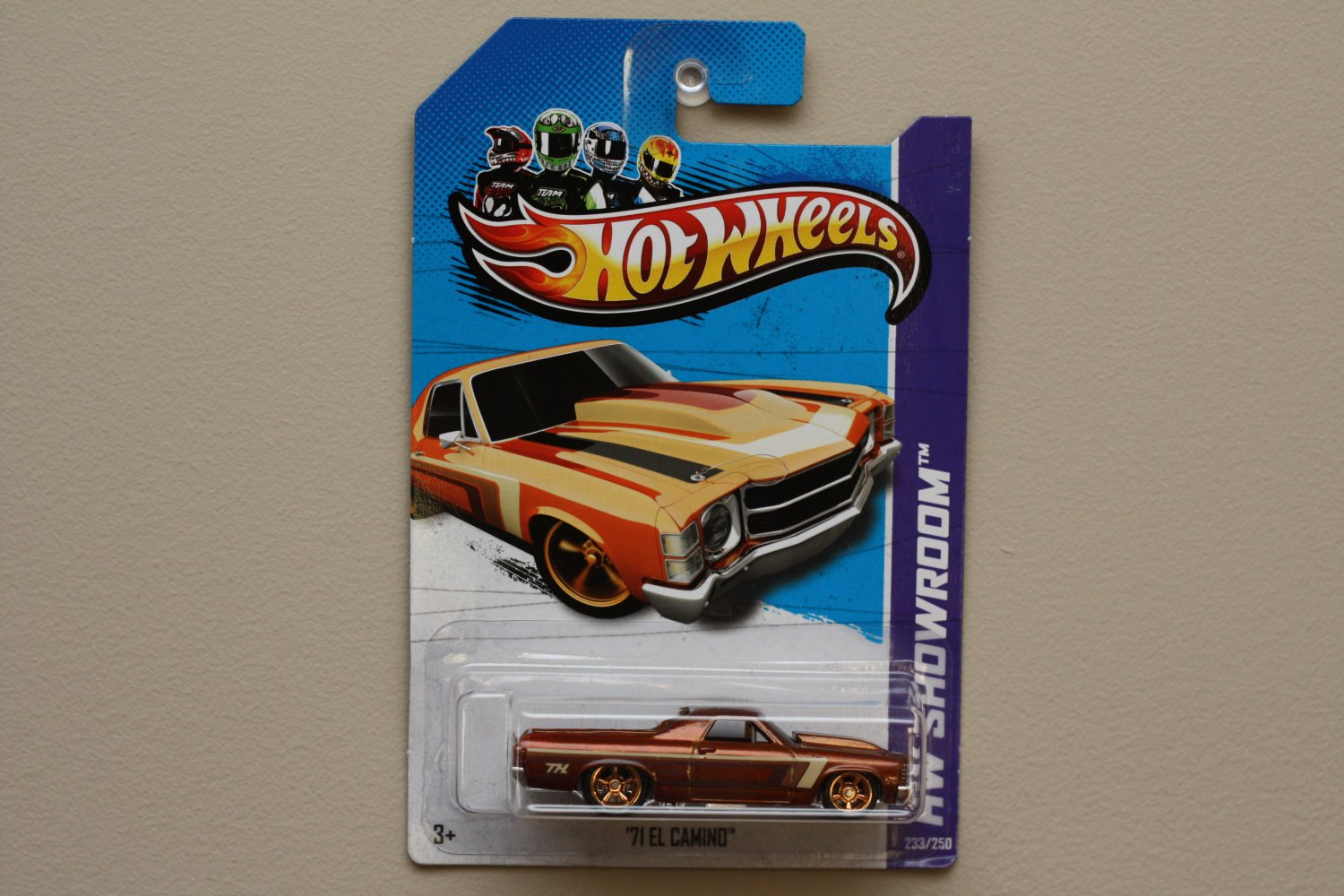 Hot Wheels 2013 HW Showroom '71 El Camino (spectraflame orange) Super Treasure Hunt (SEE CONDITION)