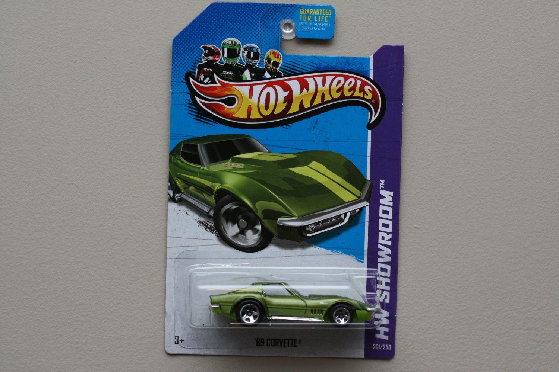 Hot Wheels 2013 HW Showroom '69 Corvette (green - Kmart Excl.)