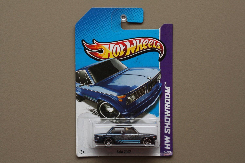 [ASSEMBLY & PAINT ERROR] Hot Wheels 2013 HW Showroom BMW 2002 (blue)