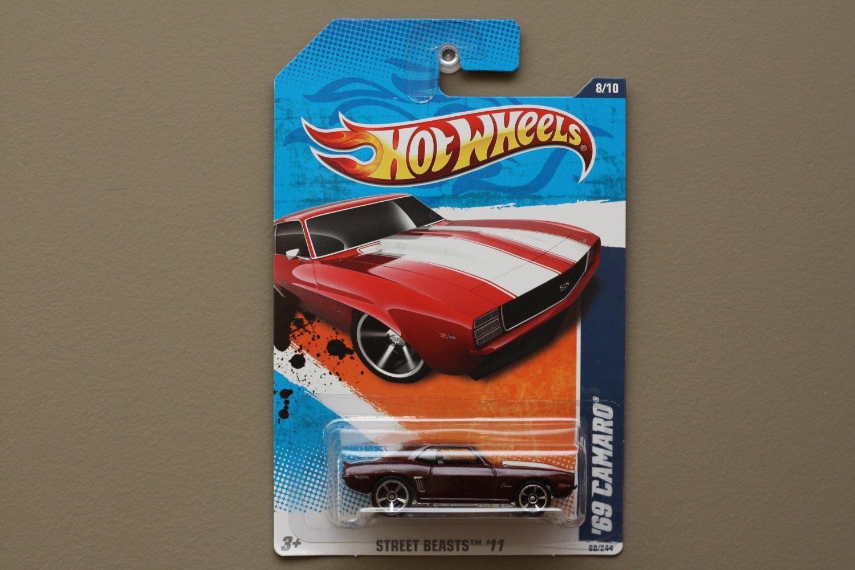 Hot Wheels 2011 Street Beasts '69 Camaro (burgundy)