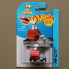 Hot Wheels 2014 HW City Snoopy (Peanuts) (red)