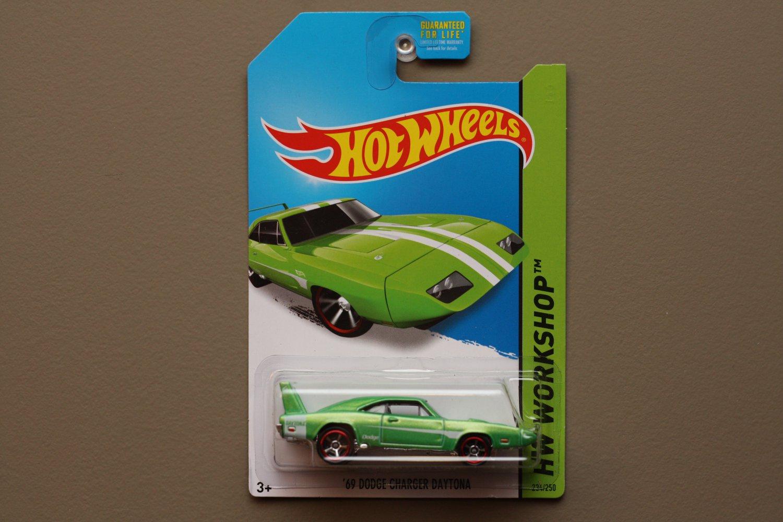 Hot Wheels 2014 HW Workshop '69 Dodge Charger Daytona (green)