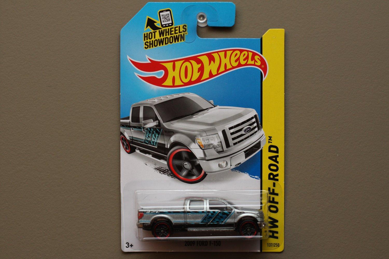 Hot Wheels 2014 HW Off-Road 2009 Ford F-150 (silver)