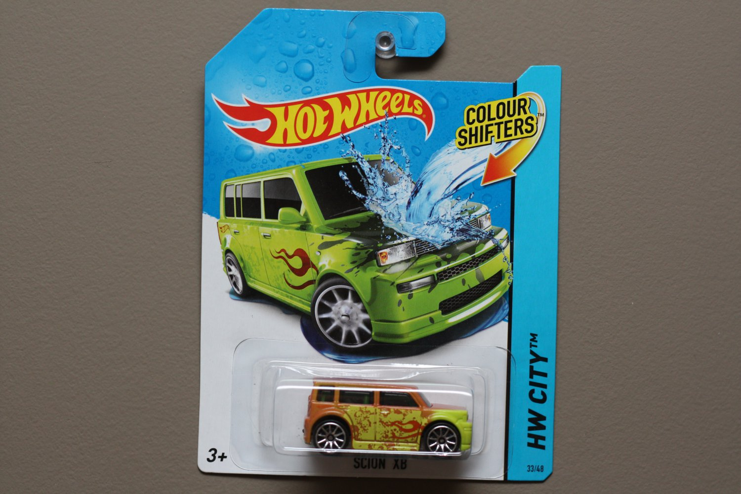 Hot Wheels 2014 Color Shifters Scion xB (brown to green)