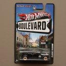 Hot Wheels Boulevard Case A Classic Packard