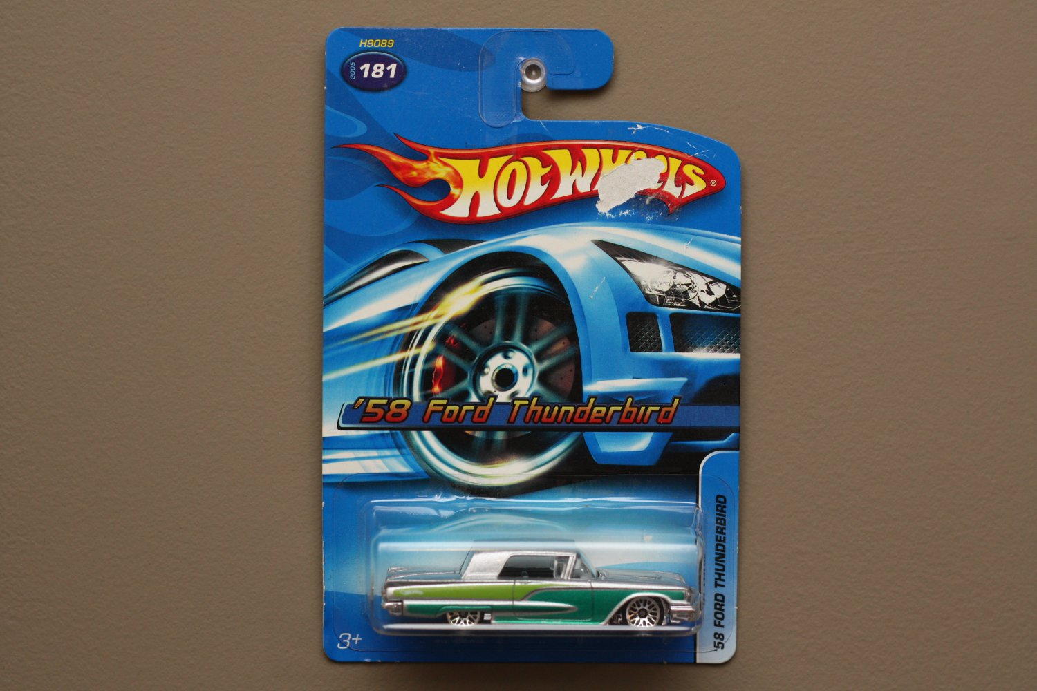Hot Wheels 2005 Collector Series '58 Ford Thunderbird (silver) (SEE CONDITION)
