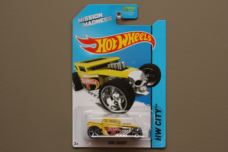 Hot Wheels 2014 HW City Bone Shaker (yellow) (Mission Madness Scavenger Hunt)