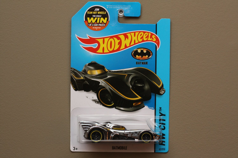 Hot Wheels 2015 HW City Batmobile (Batman) (chrome)