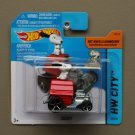 Hot Wheels 2015 HW City Snoopy (Peanuts) (red)