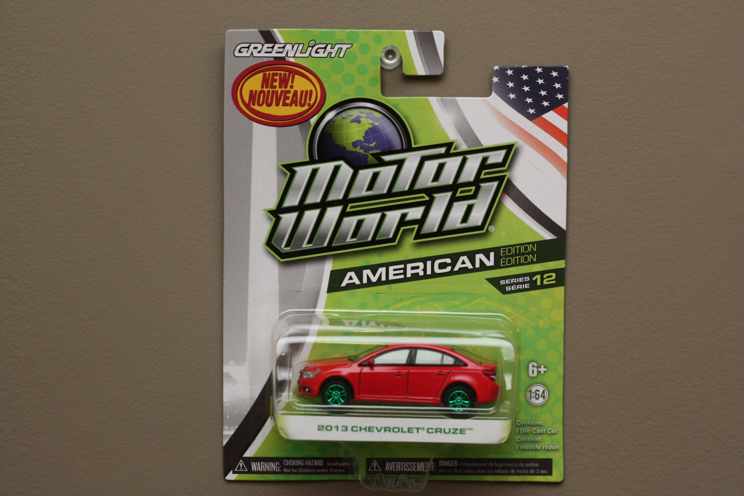 Greenlight Motor World Series 12 American Edition 2013 Chevrolet Cruze (red) (Green Machine)
