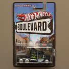 Hot Wheels Boulevard Case M Long Gone (SEE CONDITION)