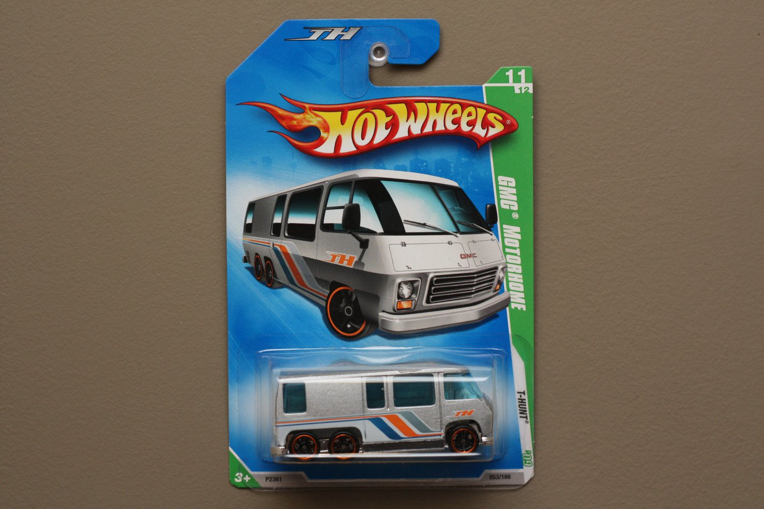 Hot Wheels 2009 Treasure Hunts GMC Motorhome (silver)