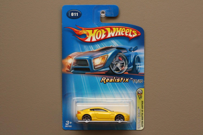 Hot Wheels 2005 First Editions (Realistix) Aston Martin V8 Vantage (yellow)