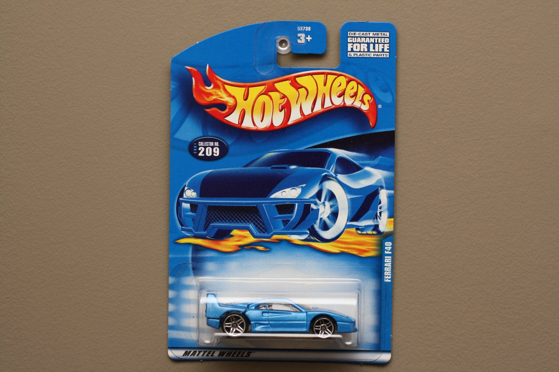 Hot Wheels 2001 Collector Series Ferrari F40 (blue)