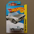 Hot Wheels 2015 HW Off-Road Volkswagen Caddy (silver)