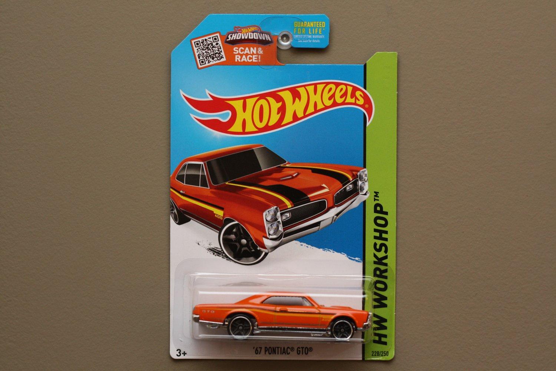 Hot Wheels 2015 HW Workshop '67 Pontiac GTO (orange - Toys R Us Excl.)