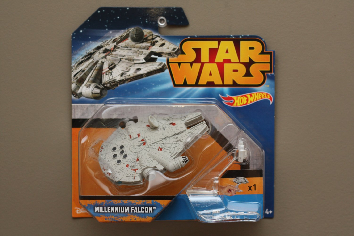 Hot Wheels 2015 Star Wars Ships Millennium Falcon (Original Trilogy)