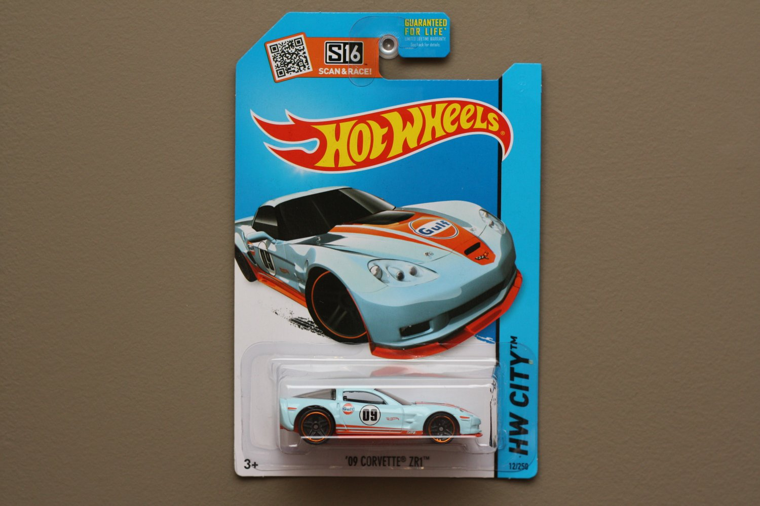 Hot Wheels 2015 HW City '09 Corvette ZR1 (gulf blue) (SEE CONDITION)