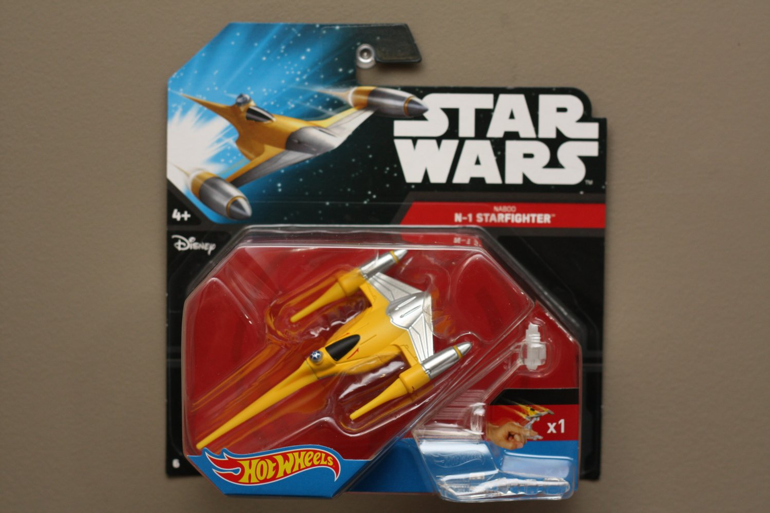 hot wheels 2015 star wars ships naboo n 1 starfighter. Black Bedroom Furniture Sets. Home Design Ideas