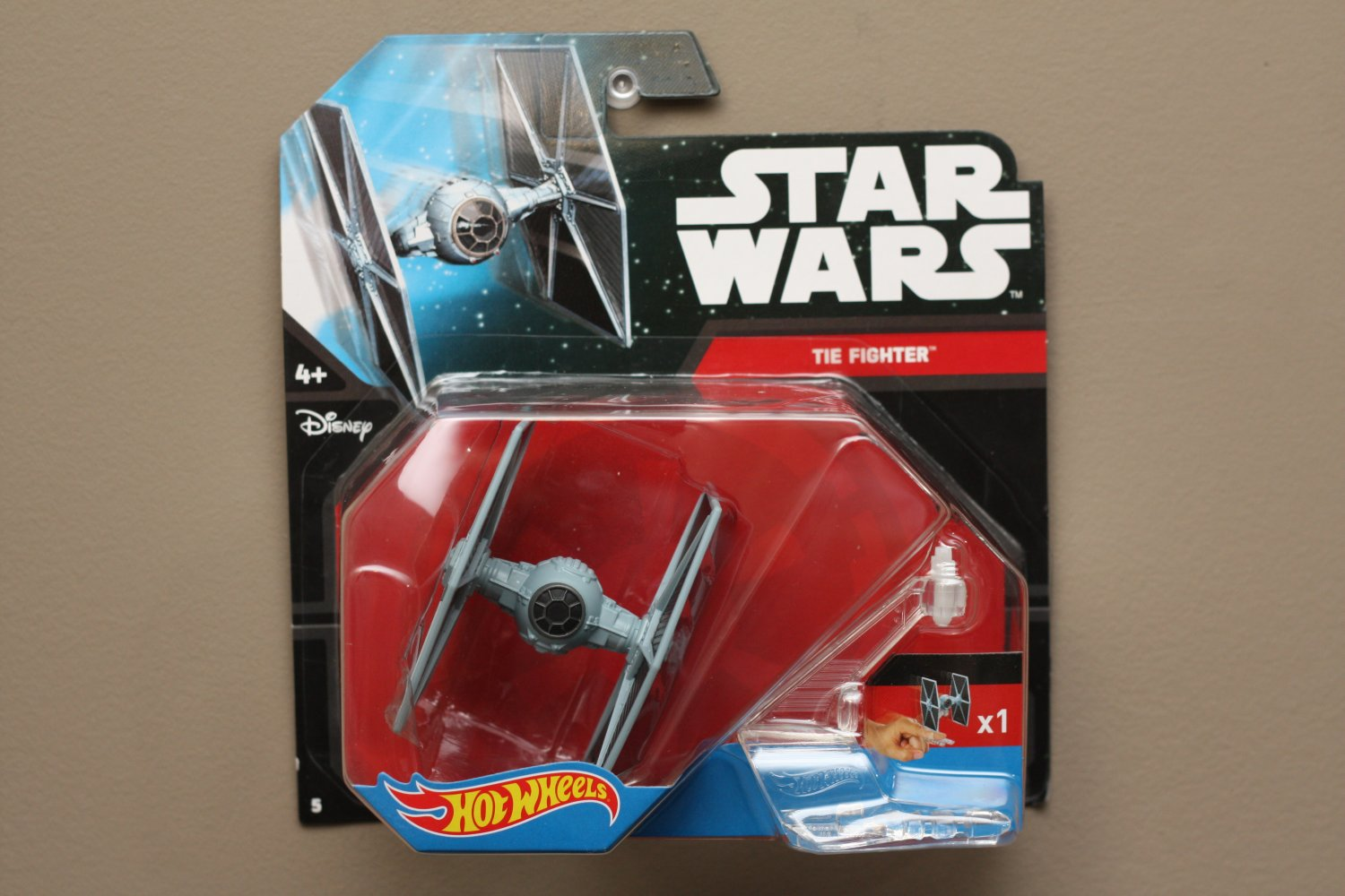 hot wheels 2015 star wars ships imperial tie fighter. Black Bedroom Furniture Sets. Home Design Ideas