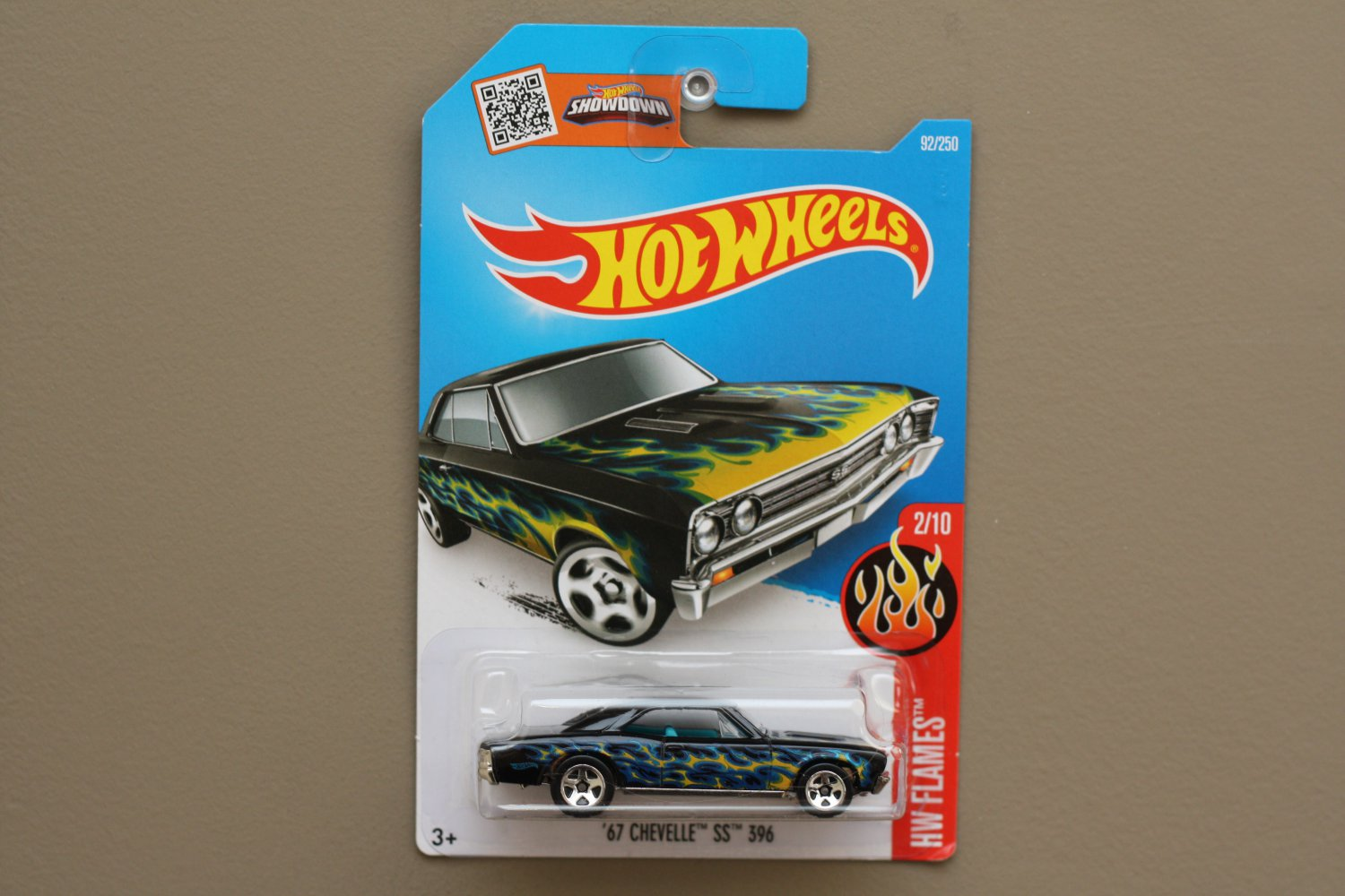 Hot Wheels 2016 HW Flames '67 Chevelle SS 396 (black)