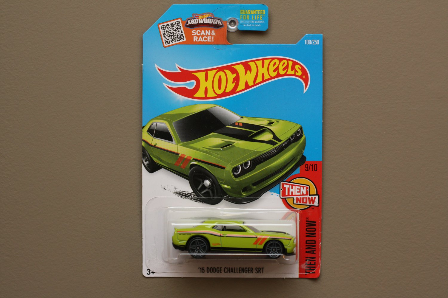 Hot Wheels 2016 Then And Now '15 Dodge Challenger SRT Hellcat (green - Kmart Excl.)