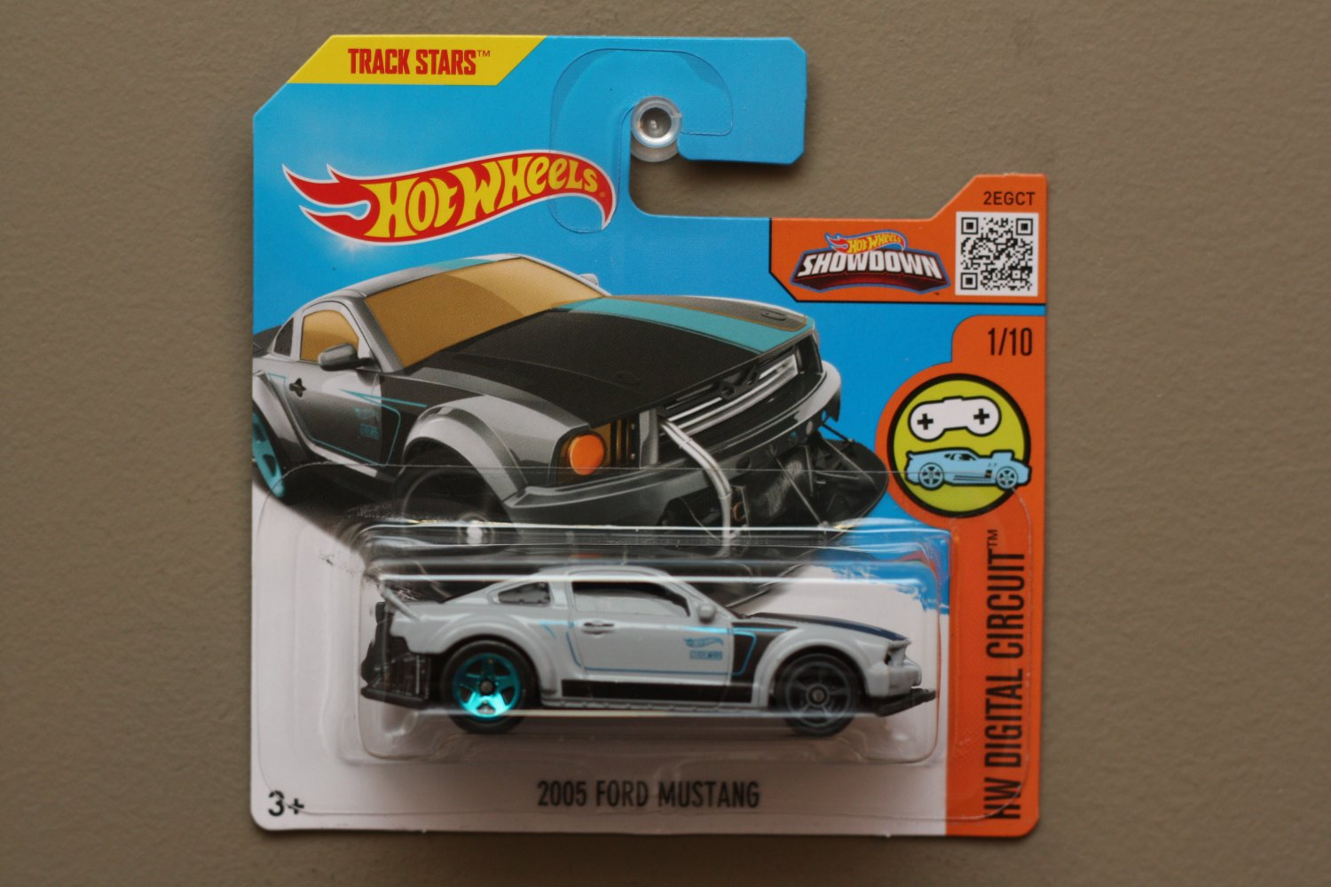 hot wheels 2016 hw digital circuit 2005 ford mustang grey. Black Bedroom Furniture Sets. Home Design Ideas