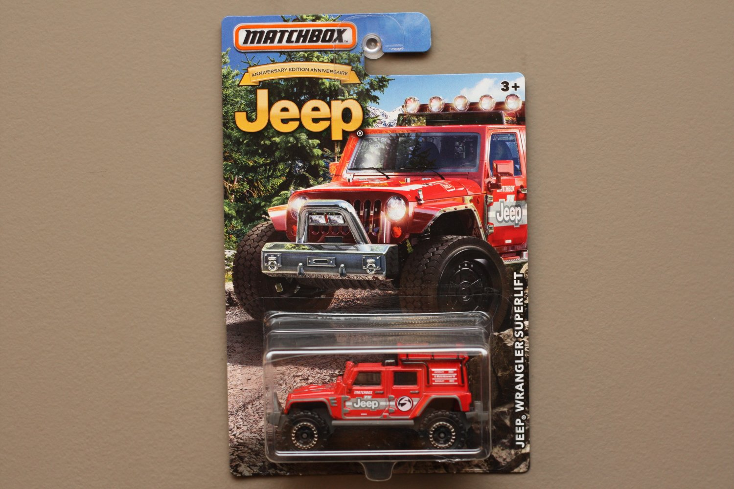 Matchbox 2016 Jeep Anniversary Edition Jeep Wrangler Superlift
