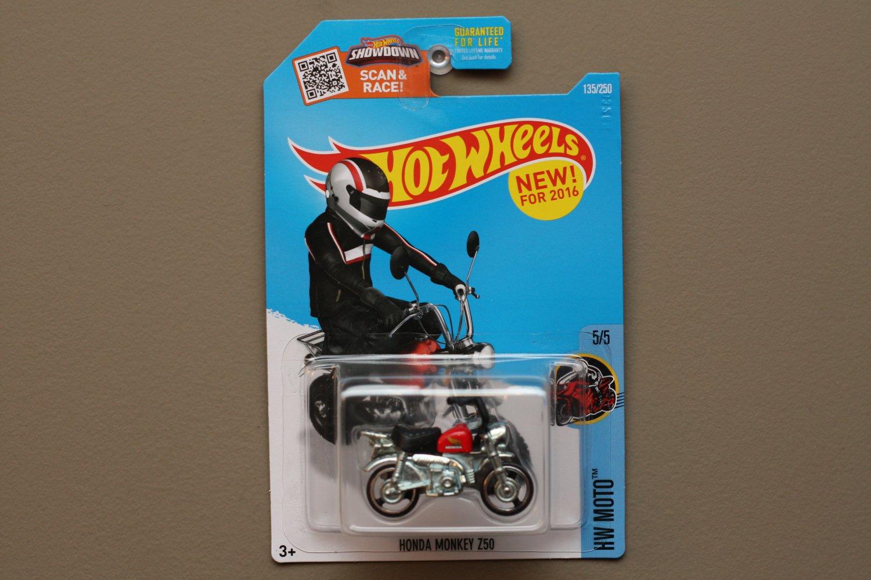 Hot wheels 2016 hw moto honda monkey z50 red black for 9 salon hot wheels mexico