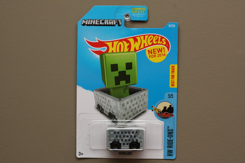 Hot Wheels 2016 HW Ride-Ons Minecraft Minecart (grey)
